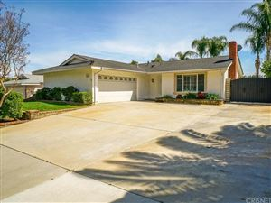 Photo of 22960 MULBERRY GLEN Drive, Valencia, CA 91354 (MLS # SR18060484)