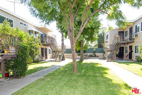 Photo of 7129 COLDWATER CANYON Boulevard #6, North Hollywood, CA 91605 (MLS # 19507486)