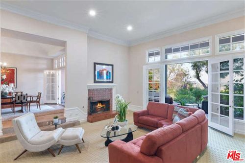 Photo of 2226 CANYONBACK Road, Los Angeles , CA 90049 (MLS # 19520486)