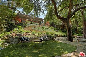 Photo of 16525 LAS CASAS Place, Pacific Palisades, CA 90272 (MLS # 18353488)