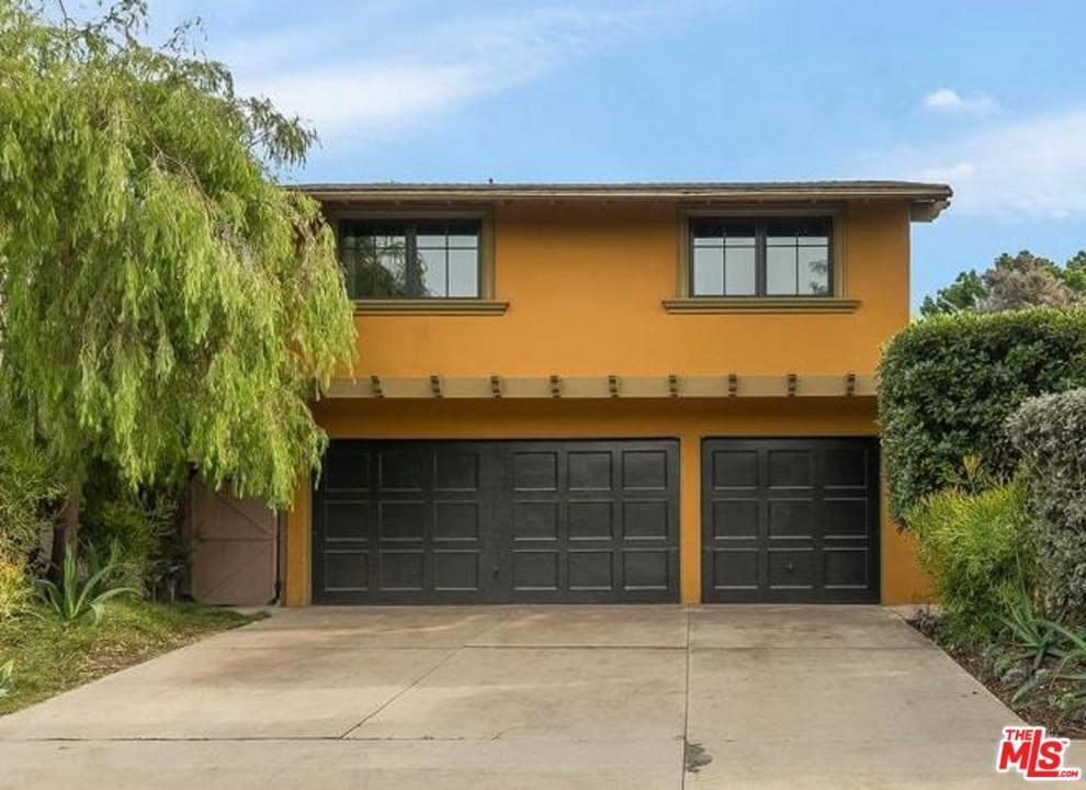 Photo of 12600 ROSY Circle, Los Angeles , CA 90066 (MLS # 20558490)