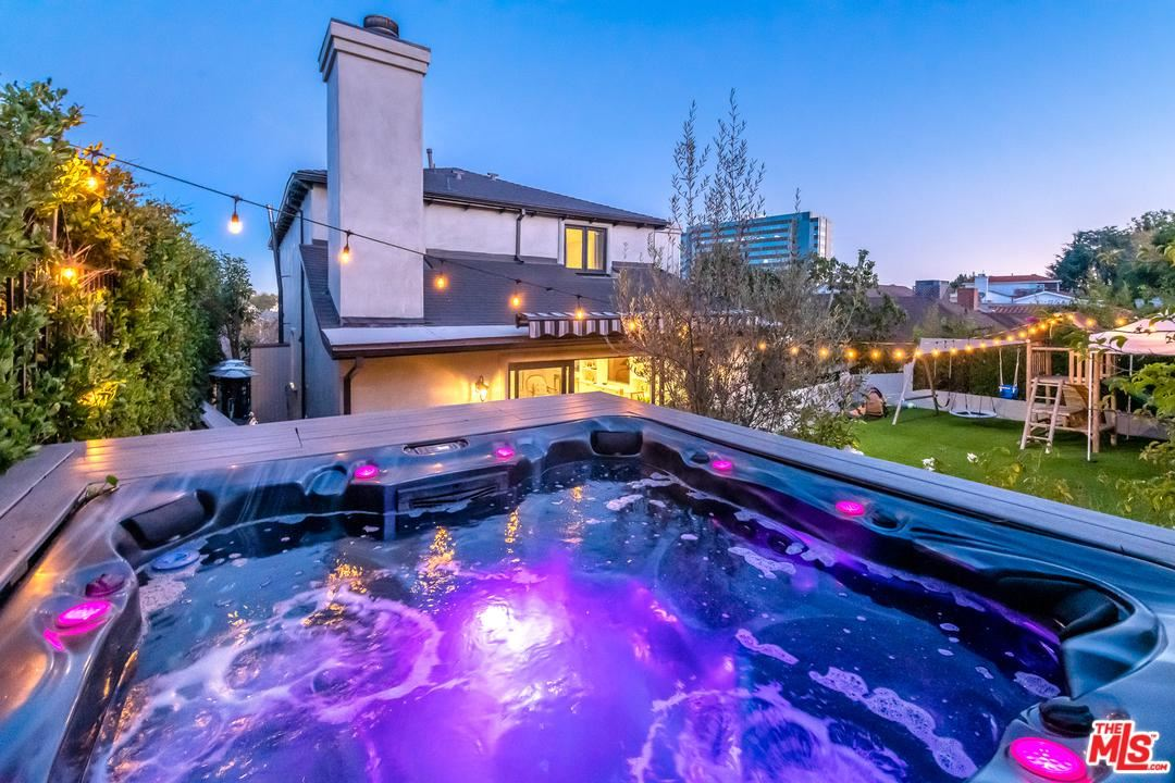 Photo of 1253 BEVERLY GREEN Drive, Beverly Hills, CA 90212 (MLS # 20552492)