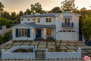 Photo of 139 VETERAN Avenue, Los Angeles , CA 90024 (MLS # 19495496)