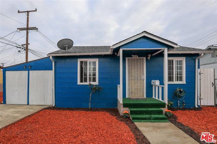 Photo for 310 East COLONIA Road, Oxnard, CA 93030 (MLS # 17287496)