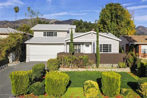 Photo of 3521 ALTURA Avenue, Glendale, CA 91214 (MLS # 819005497)