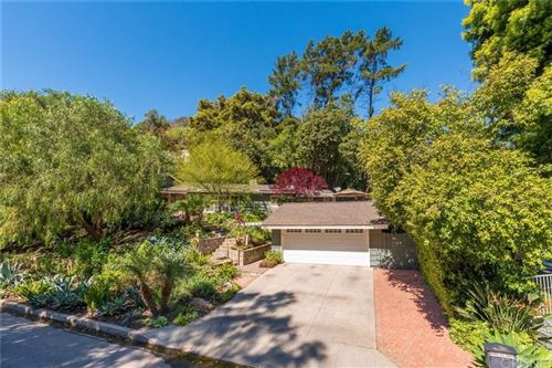 Photo of 3801 BENEDICT CANYON Lane, Sherman Oaks, CA 91423 (MLS # SR20066497)