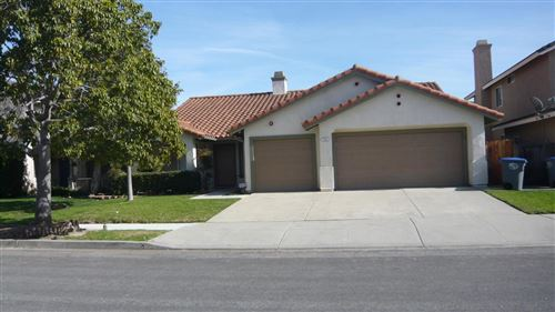 Photo of 712 ENSIGN Place, Oxnard, CA 93035 (MLS # 220000498)