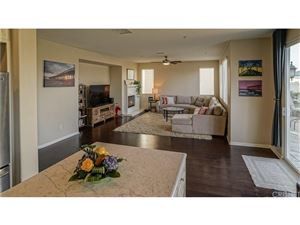 Tiny photo for 319 LAKEVIEW Court, Oxnard, CA 93036 (MLS # SR18021499)