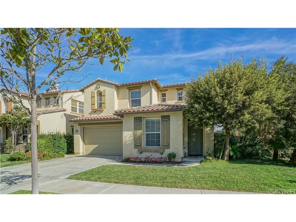 Photo for 319 LAKEVIEW Court, Oxnard, CA 93036 (MLS # SR18021499)