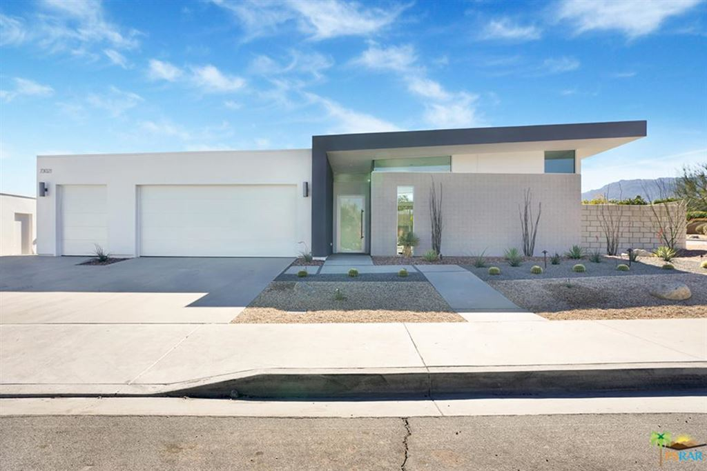 Photo of 73061 BEL AIR Road, Palm Desert, CA 92260 (MLS # 19491684PS)