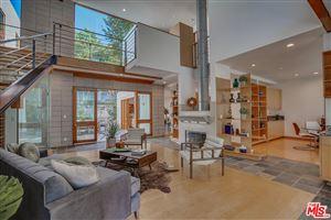 Photo of 4070 BENEDICT CANYON Drive, Sherman Oaks, CA 91423 (MLS # 18398500)