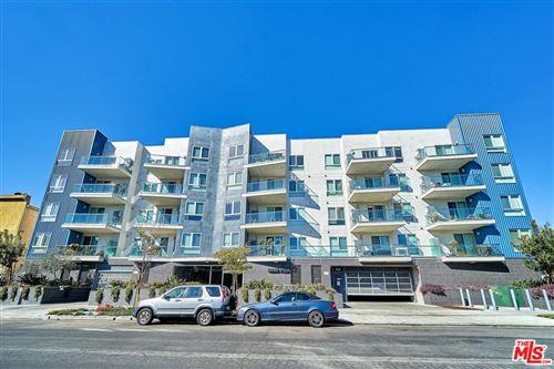 Photo of 105 South MARIPOSA Avenue #301, Los Angeles , CA 90004 (MLS # 20558500)