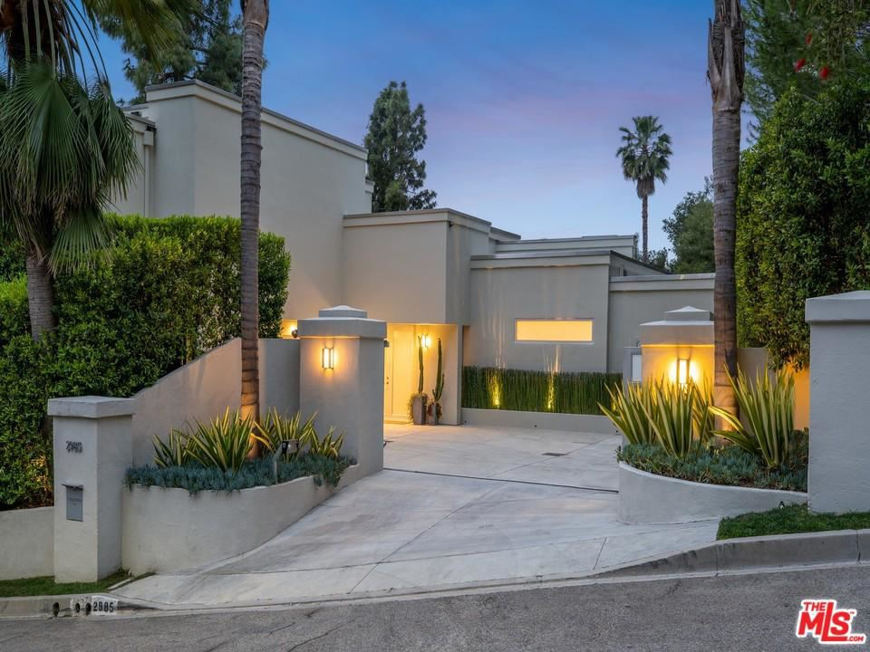 Photo for 2985 HUTTON Drive, Beverly Hills, CA 90210 (MLS # 19489500)