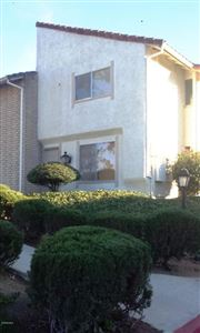 Photo of 252 GREEN MOOR Place, Thousand Oaks, CA 91361 (MLS # 218000501)