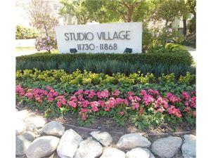 Photo of 11786 MOORPARK Street #E, Studio City, CA 91604 (MLS # SR18086501)
