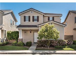 Photo of 2516 CANTERBURY Lane, Simi Valley, CA 93063 (MLS # SR18094501)