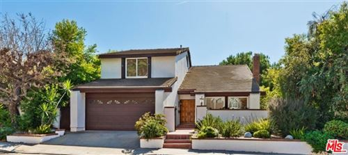 Photo of 16987 AVENIDA DE SANTA YNEZ, Pacific Palisades, CA 90272 (MLS # 19521502)