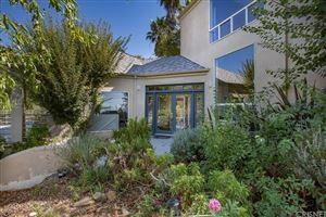 Photo of 4350 HILLVIEW Drive, Malibu, CA 90265 (MLS # SR19238502)