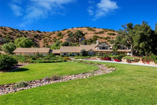 Photo of 1515 HIDDEN VALLEY Road, Thousand Oaks, CA 91361 (MLS # 219010505)