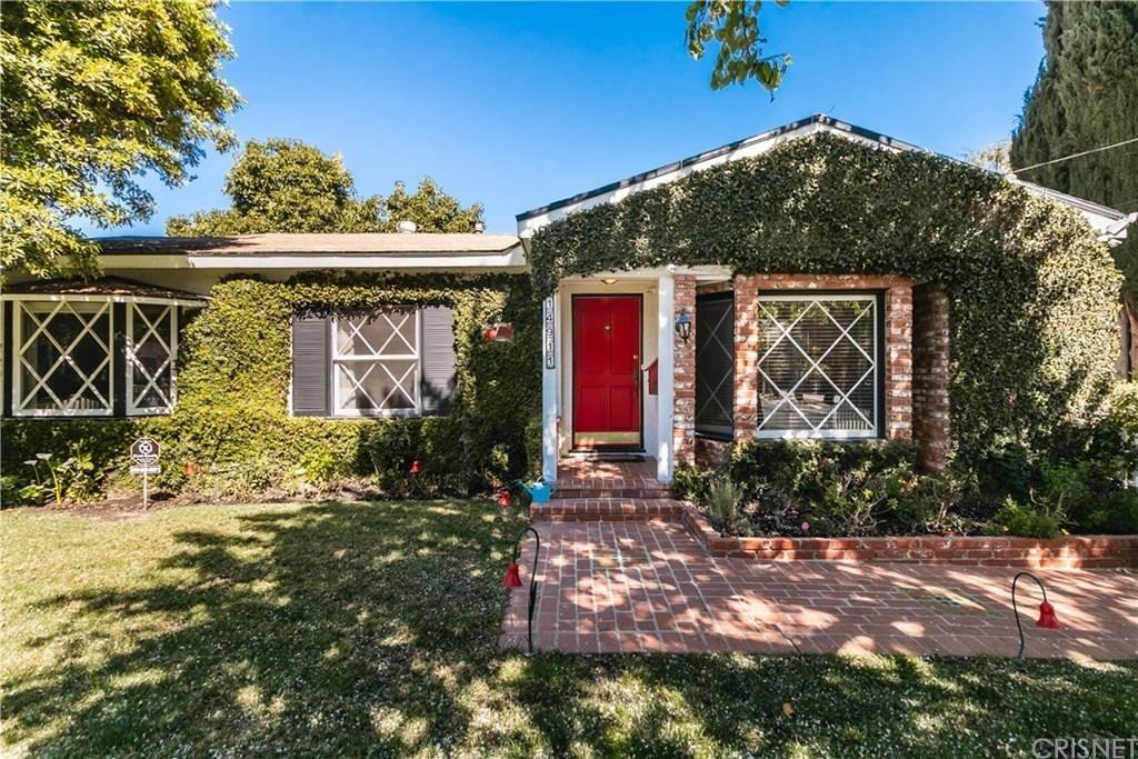 Photo of 14911 GREENLEAF Street, Sherman Oaks, CA 91403 (MLS # SR20040505)