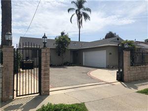 Photo of 13556 HARTLAND Street, Valley Glen, CA 91405 (MLS # SR18062507)