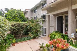 Photo of 28378 REY DE COPAS Lane, Malibu, CA 90265 (MLS # SR19193507)