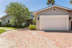 Photo of 4566 WINNETKA Avenue, Woodland Hills, CA 91364 (MLS # SR18140508)
