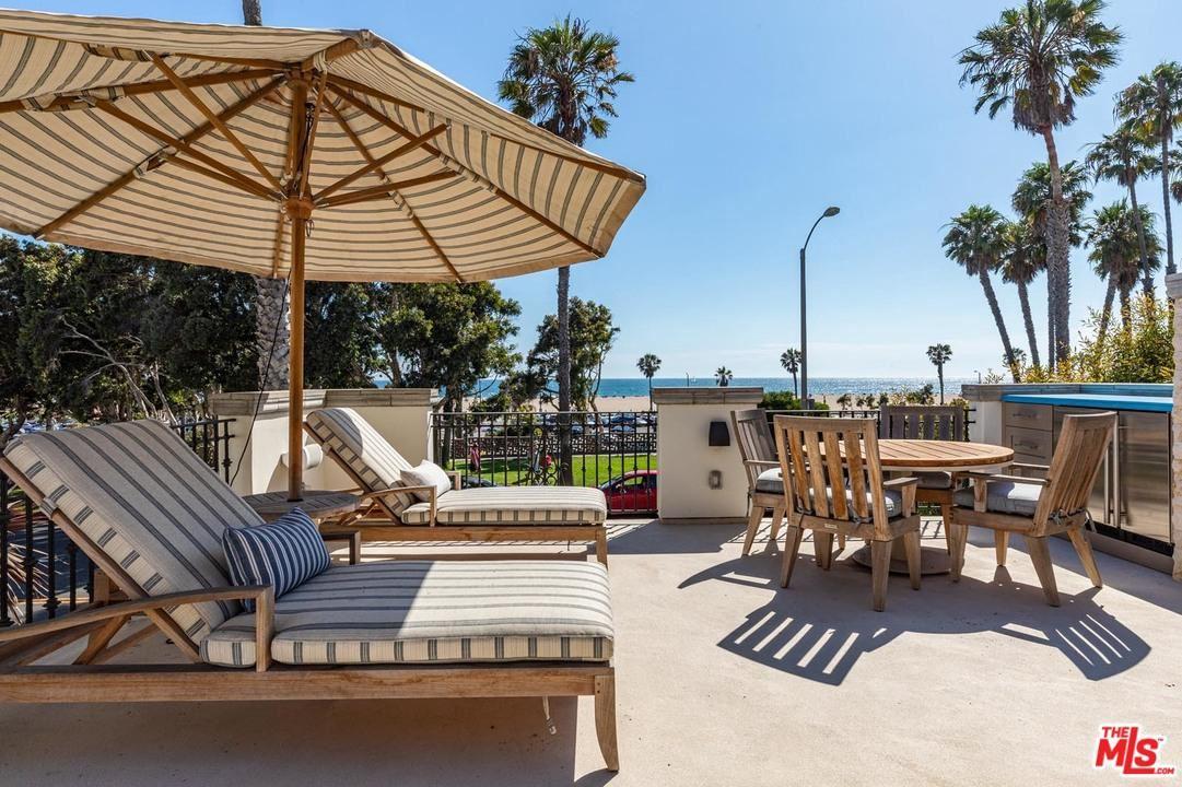 Photo of 127 HOLLISTER Avenue, Santa Monica, CA 90405 (MLS # 20542508)
