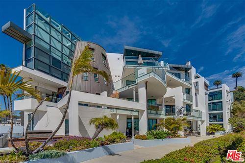 Photo of 270 PALISADES BEACH Road #101, Santa Monica, CA 90402 (MLS # 20565510)