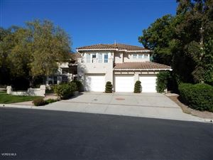 Photo of 585 CHIPPENDALE Avenue, Simi Valley, CA 93065 (MLS # 218005511)