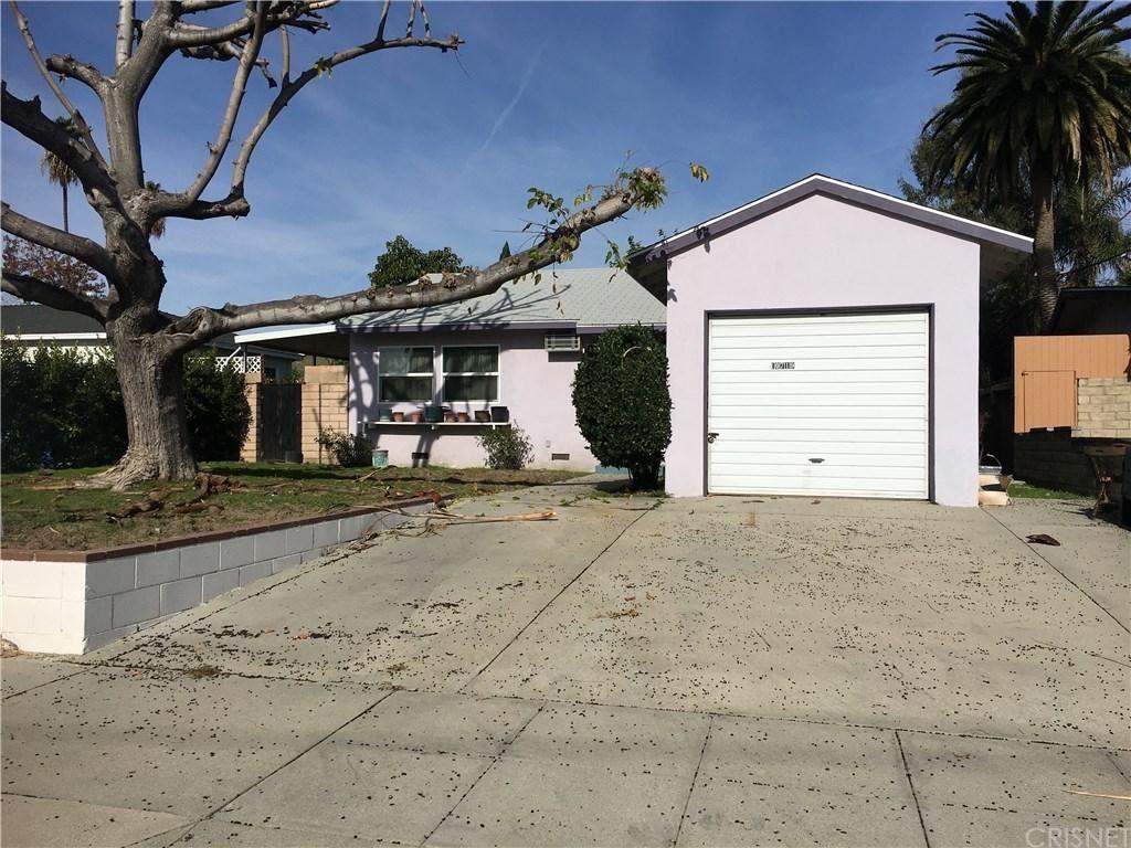 Photo of 10719 COLLINS Street, North Hollywood, CA 91601 (MLS # SR20001511)