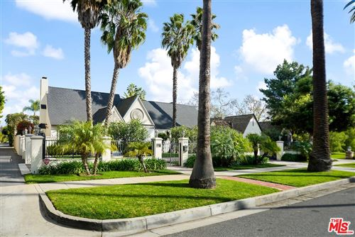 Photo of 504 FOOTHILL Road, Beverly Hills, CA 90210 (MLS # 20542512)