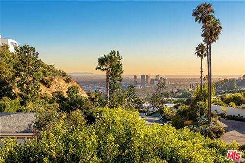 Photo of 1860 North DOHENY Drive, Los Angeles , CA 90069 (MLS # 20546512)