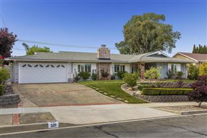 Photo of 321 SOMERSET Circle, Thousand Oaks, CA 91360 (MLS # 218007513)