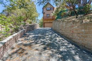 Photo of 27418 MATTERHORN Drive, Lake Arrowhead, CA 92352 (MLS # 818002515)