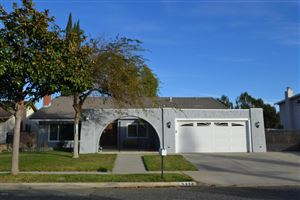 Photo of 3276 SUNGLOW Avenue, Simi Valley, CA 93063 (MLS # 217014516)