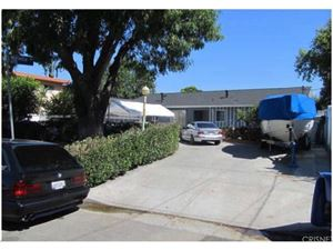 Photo of 14031 ARCHWOOD Street, Van Nuys, CA 91405 (MLS # SR18032517)