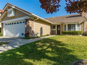Photo of 22424 OXFORD Lane, Saugus, CA 91350 (MLS # SR18117518)