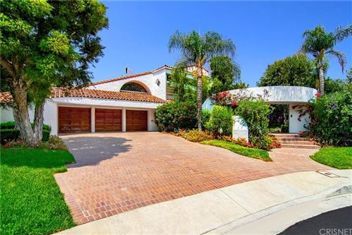 Photo of 16844 MONTE HERMOSO Drive, Pacific Palisades, CA 90272 (MLS # SR20018521)