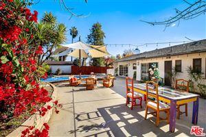 Photo of 20305 OXNARD Street, Woodland Hills, CA 91367 (MLS # 19477524)