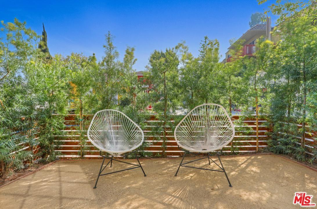 Photo of 3321 WOOD Terrace, Los Angeles , CA 90027 (MLS # 20557524)