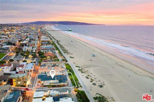 Photo of 2722 THE STRAND, Manhattan Beach, CA 90266 (MLS # 19533526)