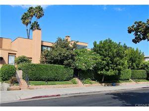 Photo of 5211 YARMOUTH Avenue #10, Encino, CA 91316 (MLS # SR19002527)