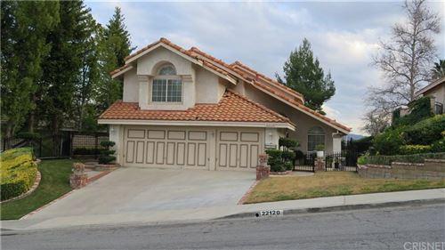 Photo of 22120 GROVEPARK Drive, Saugus, CA 91350 (MLS # SR20039530)