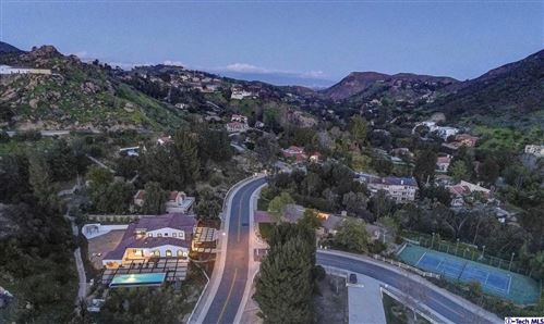 Tiny photo for 123 BUCKSKIN Road, Bell Canyon, CA 91307 (MLS # 319002532)