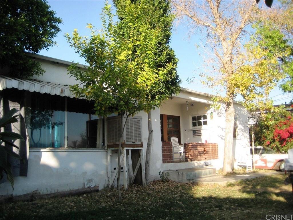 Photo of 12807 BARBARA ANN Street, North Hollywood, CA 91605 (MLS # SR20037532)