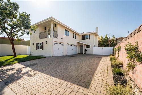 Photo of 2507 INGLEWOOD Avenue, Redondo Beach, CA 90278 (MLS # SR20037537)