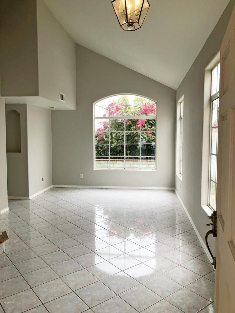 Photo for 550 CLIPPER Drive, Oxnard, CA 93033 (MLS # 218006537)