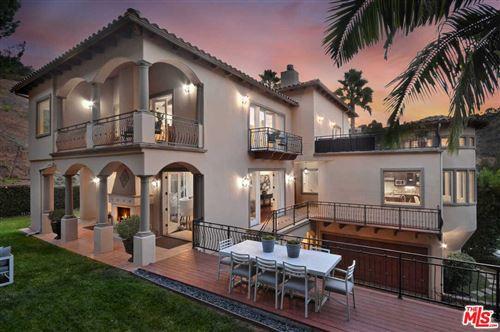Photo of 15000 SUNSTONE Place, Sherman Oaks, CA 91403 (MLS # 19522538)