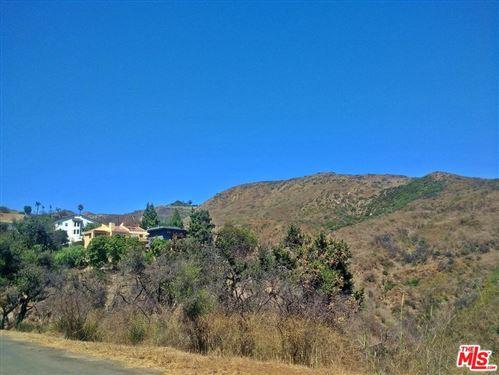 Photo of 0 VISTA Place, Malibu, CA 90265 (MLS # 19504540)